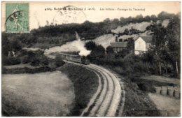 35 BAIN-de-BRETAGNE - Les Vallées - Passage Du Tramway - Frankreich