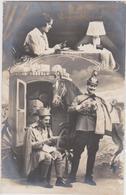 WEIHNACHTGRUSSE - K.u.K. SOLDAT UND SCHÖNES MÄDCHEN , PATRIOTIKA 1915 - War 1914-18