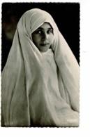 Scènes Et Types - 95.001.62 - Fleur De Harem (Belle Jeune Femme, Voile Sur La Tête) - Pas Circulé - Afrique