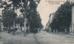 SAINT GERMAIN LAVAL Place De La Genetine - Saint Germain Laval