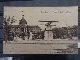 STRASBOURG : PLACE DE LA REPUBLIQUE - Strasbourg