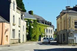 Questembert (56)- Rue Lebrun Et Malard (Edition à Tirage Limité) - Questembert
