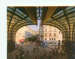 Cpsm -  Paris -    Forum Des Halles , L 'entrée Princippale , Rue Pierre Lescot            AH1043 - Distretto: 11