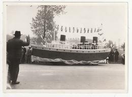 """PHOTO - ANTRAIN - FETE DE L'ASCENSION 1936 - CHAR """"PAQUEBOT"""" -  35 - Lieux"""