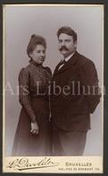 Photo-carte De Visite / CDV / Couple / Femme / Woman / Man / Homme / Photographer L. Devolder / Bruxelles / 2 Scans - Foto's