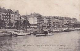 44 / NANTES / LE QUAI DE LA FOSSE ET LA CALE AUX ORANGES - Nantes