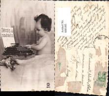 600185,Kind Tippt In Schreibmaschine Becots Souhaits Pub P. C. Paris 3643 - Ansichtskarten