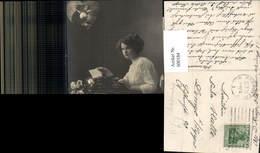 600184,Fotomontage Schreibmaschine Frau Tippt Brief Liebe Mann Rosen Blumen - Ansichtskarten