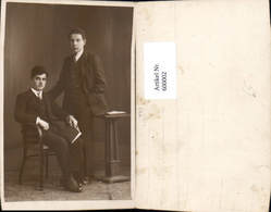 600002,Foto Ak Junge Männer M. Buch Lesen - Ansichtskarten