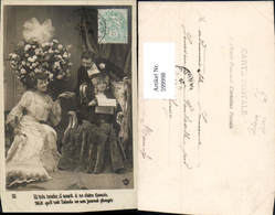 599998,Lesen Mann M. Frauen Zeitung Händchenhalten - Ansichtskarten