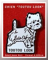 """SUPER PIN'S CHIEN : Pour """"TOUTOU LOOK"""" En émail Base Noire, Format 2,5X2cm - Animaux"""
