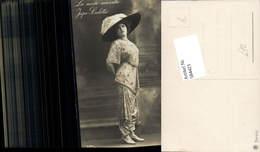 584423,Foto-AK Mode Frau Hosenrock La Mode Nouvelle Jupe-Culotte Hut Hutmode - Mode