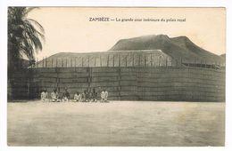 CPA.Afrique. Zambéze. La Grande Cour Intérieure Du Palais Royal.  (F.173) - Sambia