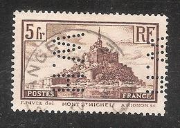 Perforé/perfin/lochung France No 260 H.W.  Les Petits Fils De F. De Wendel - France