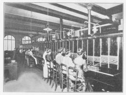 Central Téléphonique Ancien Multiple De Lille à Batteries Locales  Et Meuble Interurbain 1934 - Vieux Papiers