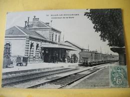 T3 7511 CPA 1907 - 72 SILLE LE GUILLAUME. INTERIEUR DE LA GARE - ANIMATION.TRAIN EN GARE. - Gares - Avec Trains
