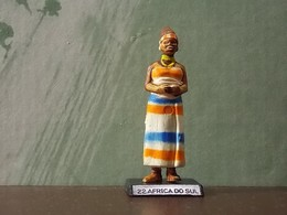 Old Small Figure * Perhaps Portuguese * Africa Do Sul Nº22 - Figurines