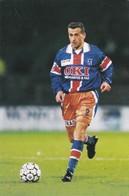 FOOTBALL--MONTPELLIER--Pascal BAILLS--défenseur---championnat 2000---carte PUB--voir  2 Scans - Football