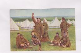 CPA EN GUERRE ENTRE DEUX ASSAUTS En 1915! - Uniformes