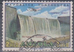 Angola 1965 Flugpostausgabe: Flugzeug über Bauten. Mi 515 2,50 E. Gestempelt - Angola