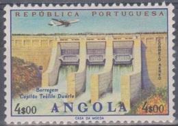 Angola 1965 Flugpostausgabe: Flugzeug über Bauten. Mi 517 4,00 E. Postfrisch (MNH) - Angola