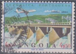 Angola 1965 Flugpostausgabe: Flugzeug über Bauten. Mi 518 4,50 E. Gestempelt - Angola