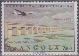 Angola 1965 Flugpostausgabe: Flugzeug über Bauten. Mi 521 7,00 E. Ungebraucht - Angola