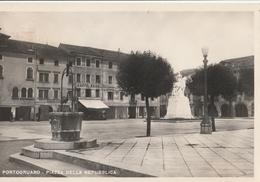 Cartolina - Postcard /   Viaggiata -  Sent - Gran Formato -  Portogruaro Piazza Della Repubblica - Anni 50° - Italia