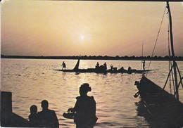 MALI---rép. Du Mali--coucher De Soleil Sur Le Fleuve Niger---voir  2 Scans - Niger
