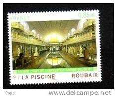 2010-N°4453** ROUBAIX LA PISCINE - France