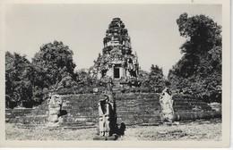 CARTE PHOTO  CAMBODGE - CAMBODIA   - ASIE - ASIA -  NEAK PEAN - CARD PHOTO - Cambodge