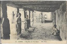 6GABES(TUNISIA)UNE RUE DU PETIT DJARA - Africa