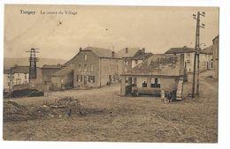 Torgny  ( M 3167 )  Cafe Au Centre Du Tout Petite Village Et Des Poules En Liberté Top Carte - Rouvroy