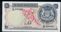 SINGAPORE  P1a 1 DOLLAR  1967 #A/88 Signature 1    AU - Singapour