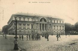 Nantes * Le Palais De Justice * Animé - Nantes