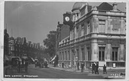 STREATHAM - TATE LIBRARY ~ AN OLD REAL PHOTO POSTCARD #89646 - London Suburbs