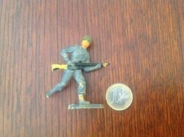Soldat En Plastique Peint. - Leger