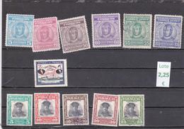 Paraguay  -  Lote  12  Sellos Diferentes  - 3/1125 - Paraguay