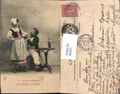 601051,Paar Liebe Händchenhalten Tracht Uniform Wein La Jolie Cabaretiere - Paare
