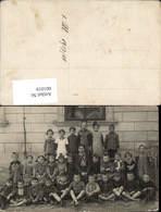 601019,Foto Ak Gruppenbild Kinder M. Lehrerin Schule 1917 - Ansichtskarten
