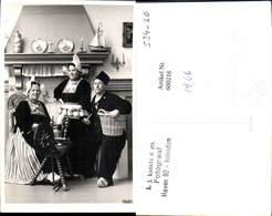 600216,Foto Ak Spinnrad Frauen Mann Tracht Niederlande Volendam Pub L. J. Karels - Bauern