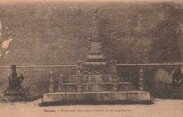 MAISSIN ,( Vallée De La Lesse , Redu )  Monument élevé Aux Victimes Civils Et Militaires ;( Canon ) - Libin