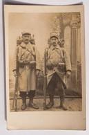 """C.P.A. : Photo De 2 Soldats équipés, Fusil, Au Verso """"souvenir De Guerre 14/15, Fait à NEUX LES MINES Le 12 Juillet 1915 - Characters"""