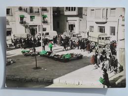 Carte Postale : Vistas De PERELLO (Tarragona), Mercado, Camiones - Tarragona