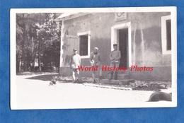 Photo Ancienne - Caserne à Situer , ... De Bellevue - Bataillon De Chasseurs ? - Cor De Chasse - Officier - Guerre, Militaire
