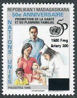 "MADAGASCAR  2000  MNH   "" 50eme ANNIVERSAIRE NATIONS UNIS / SECURITE ALIMENTAIRE "" -  1 VAL SURCHARGE / - Madagascar (1960-...)"