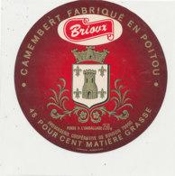V 03 -/  ETIQUETTE DE FROMAGE  CAMEMBERT  BRIOUX FROMAGERIE DE  BOUGON   FAB EN POITOU - Fromage