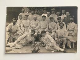Foto Photo AK Zur Errinnerung Weltkrieg 1914 1915 Verletszte Soldaten - Guerre 1914-18