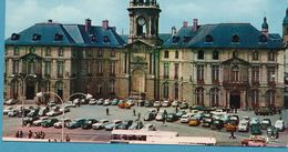 Renault 4L Parisienne Caravelle Dauphine R8 R16 4CV Peugeot 404 403 204 Citroen DS AMI 6 2CV Traction Simca 1000 Aronde - Passenger Cars