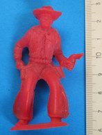 COWBOY VINTAGE RED - Figurines